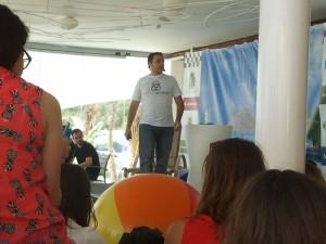Ismael El-Qudsi, de Internet República, en plena expicación de la importancia del Social Media para crear marcam hacer branding y conseguir más clientes. Ponencia en SE.onthebeach