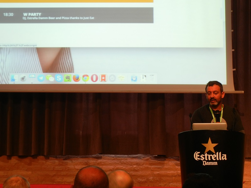 Aplicaciones interactivas. Hootsuite e Instragram. En esta fotografía aparece David M. Calduch, de Hootsuite España